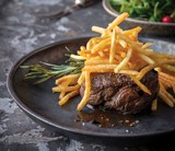 Steak With Super Fine Fries 5Mm